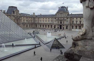 """Paris """"Le Louvre"""""""