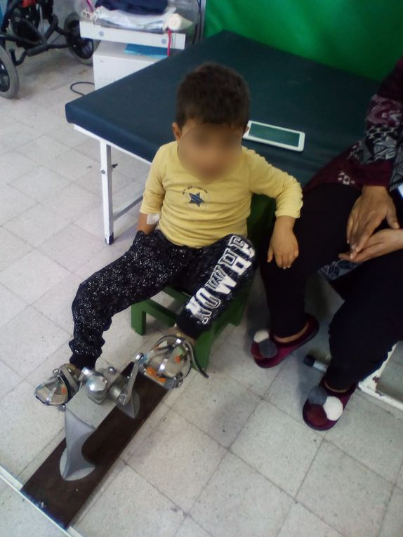les 19 et 20 novembre 2019 - chargement et livraison à l'hôpital Kassab - Tunis