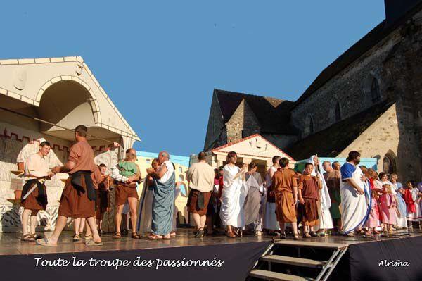 Spectacle théâtrale à Saint-Eugène (02)