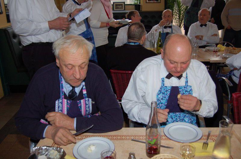 Les membres du service d ordre pour la fête des Conscrits de janvier 2008 Photos Michel DENOYER