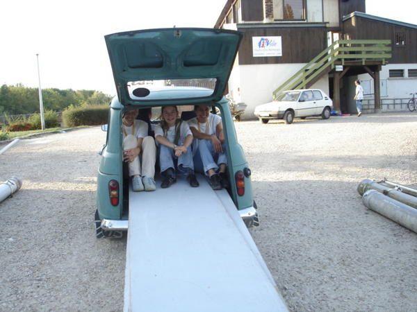 <p>Journ&eacute;e des 1000 pagaies &agrave; Amilly -Montargis:</p> <p>Soleil, kayak et bonne humeur !!!</p>