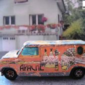 EPAVE FORD ECONOLINE VAN YATMING 1/64 - car-collector.net
