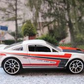 07 FORD SHELBY GT 500 2007 HOT WHEELS 1/64 - car-collector.net
