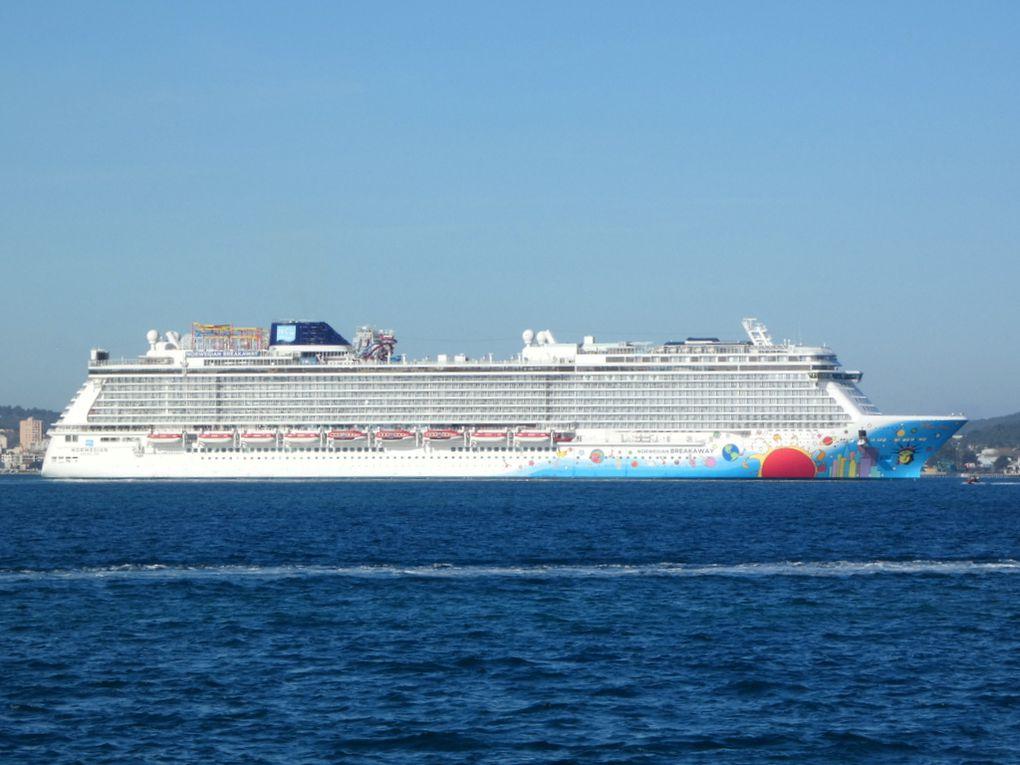 NORWEGIAN BREAKAWAY , arrivant à la Seyne sur Mer le 17 février 2021