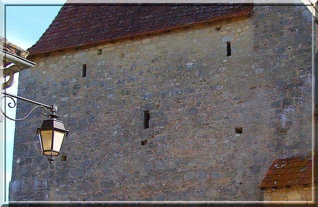 Diaporama église fortifiée de Mauzens et Miremont