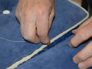 les coussins en séance de réparation