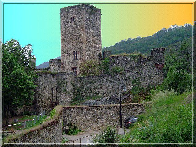 Diaporama des 2 châteaux de Belcastel