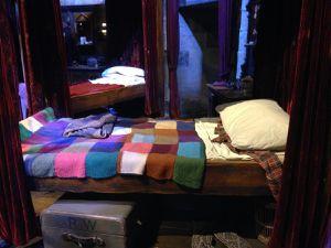 """Les célèbres """"Dragées surprises de Bertie Crochue"""" sont vendus dans la boutique du studio"""