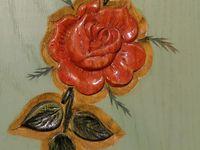 Pétales de rose délicatement ourlées
