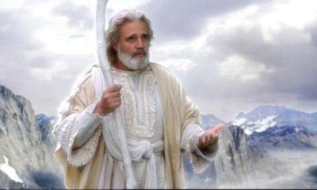 Les personnes non religieuses pensent-elles que Dieu n'est que des personnes religieuses, un ami imaginaire ou une illusion?