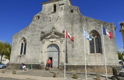 La place-forte de Brouage et son église Saint-Pierre-et-Saint-Paul.