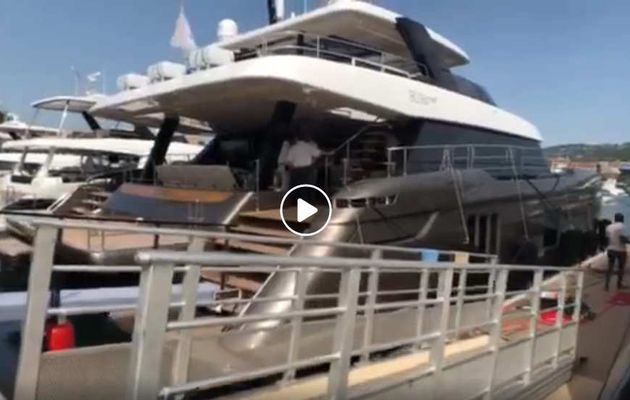 80 Sunreef Power – Visite privée exceptionnelle d'un motoryacht catamaran qui a tout du superyacht