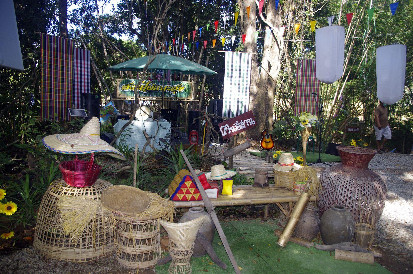 Udonthani: Le marché aux bambous de Thanasuk.