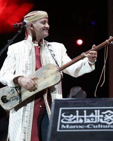 hamid el kasri, une véritable référence de la musique gnawa au maroc doté d'une voix puissante et d'une personnalité étonnante