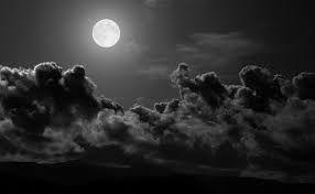 La nuit et pleine lune