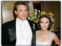 Photos de tous les mariages du soap opera numéro un dans le monde