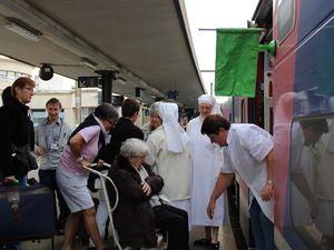 Départ pour Lourdes de 521 pèlerins - 17 aôut 2015