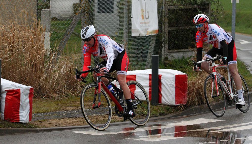 Les photos de la D3-D4 d'Epernon (28) avec la victoire de Fabien Merciris (Amiens Cycling Team)