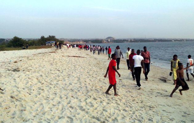 Guinée : six morts suite à l'effondrement d'un pont menant à une plage de la capitale