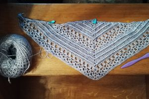 """Chale """"This is me shawl"""" de Wilma Westenberg berg"""