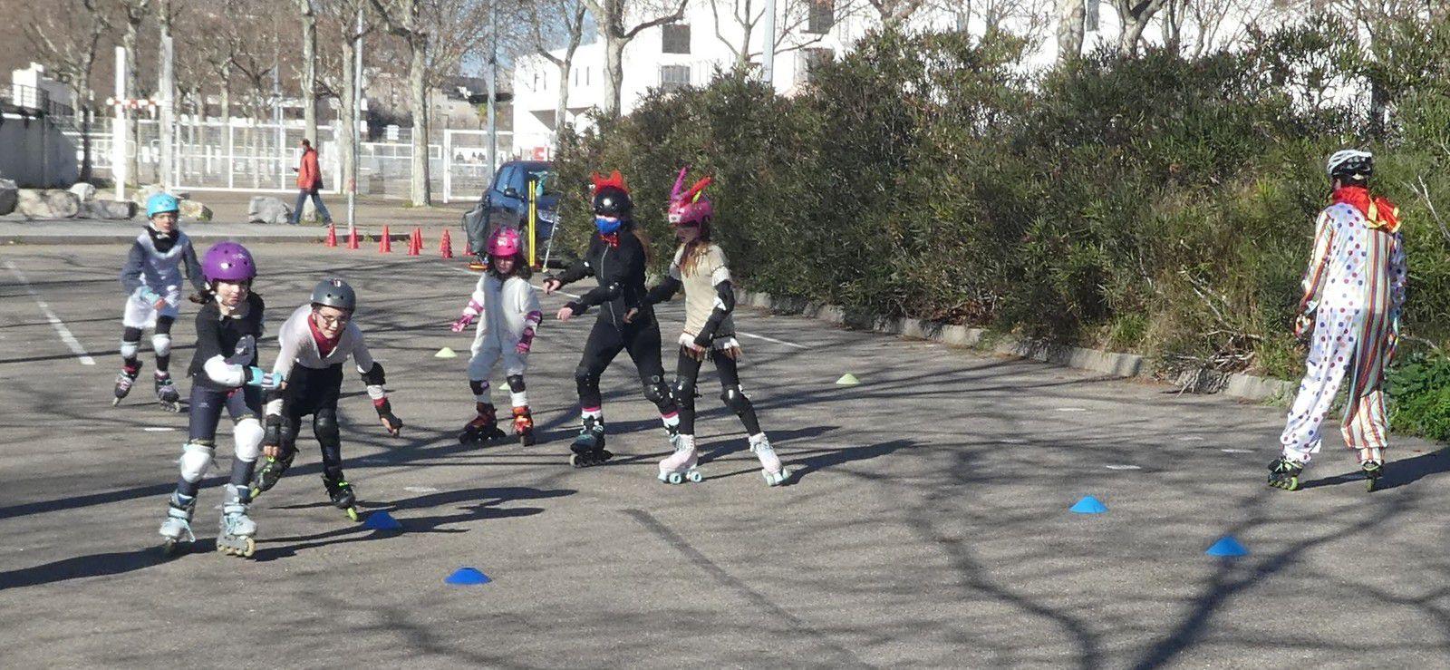 Nimes, club sports, plein air, jeu, roller lib, carnaval,