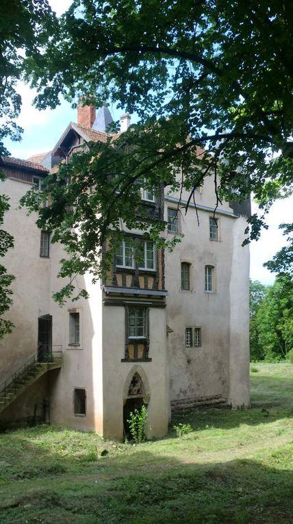 Le magnifique château de Scharrachbergheim.
