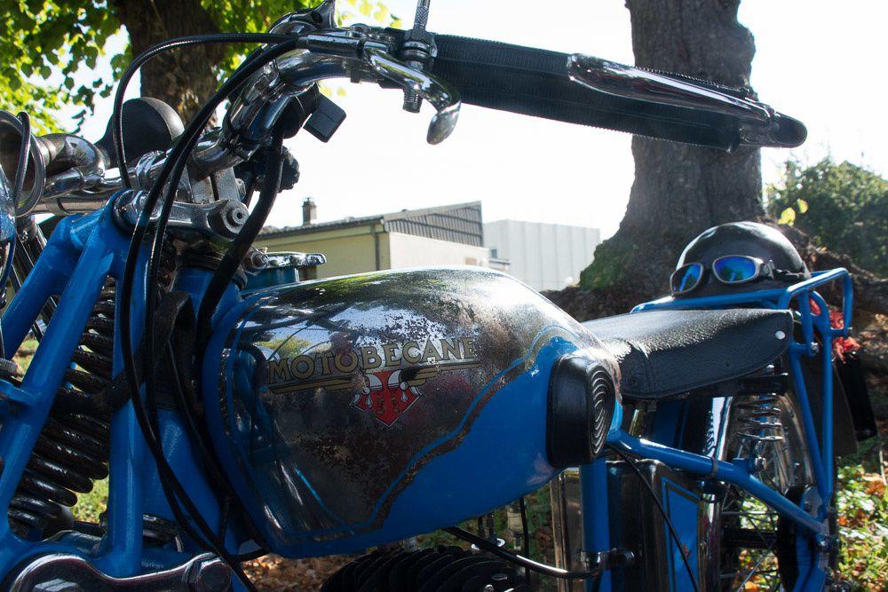 ham Rassemblement Motos .et VOITURES  anciennes. Camions customisés .
