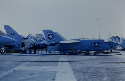 OPERATIONS A BORD DU JFK, CV-67.