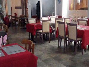 N° 2 rue Clemenceau à Algrange - Café-restaurant-hôtel
