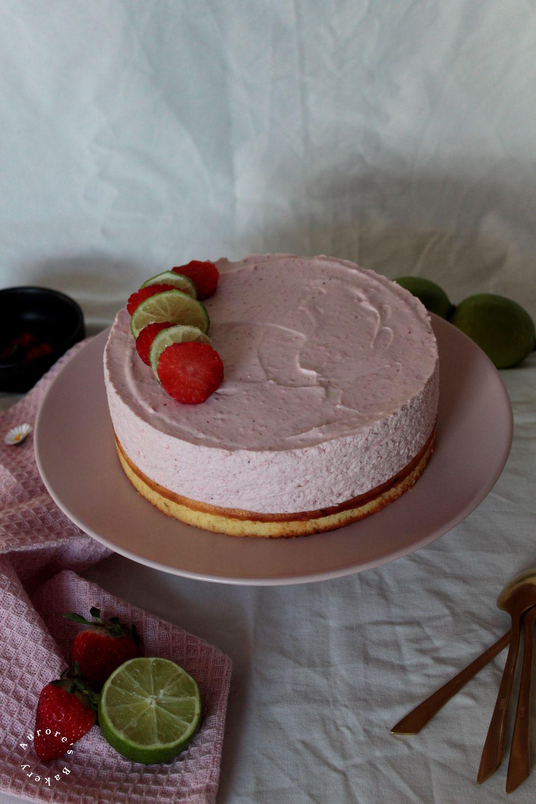 Gâteau Nuage aux fraises & citron vert.