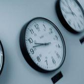 Passage à l'heure d'hiver : six questions pour remettre les pendules à l'heure
