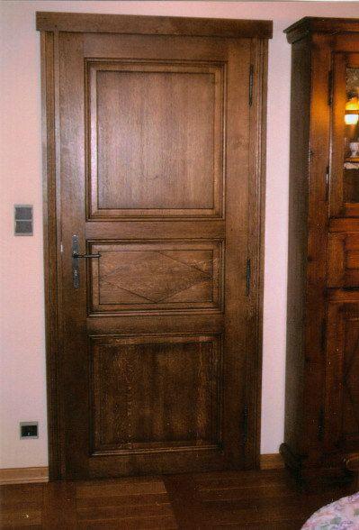fabrication propre et sur mesure de portes de style fermette en chêne masiif - 22 mm d'épaisseur