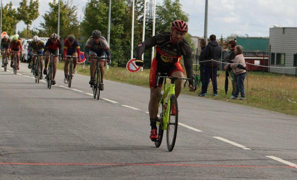 Album photos des courses 3 et GS de Courville sur Eure