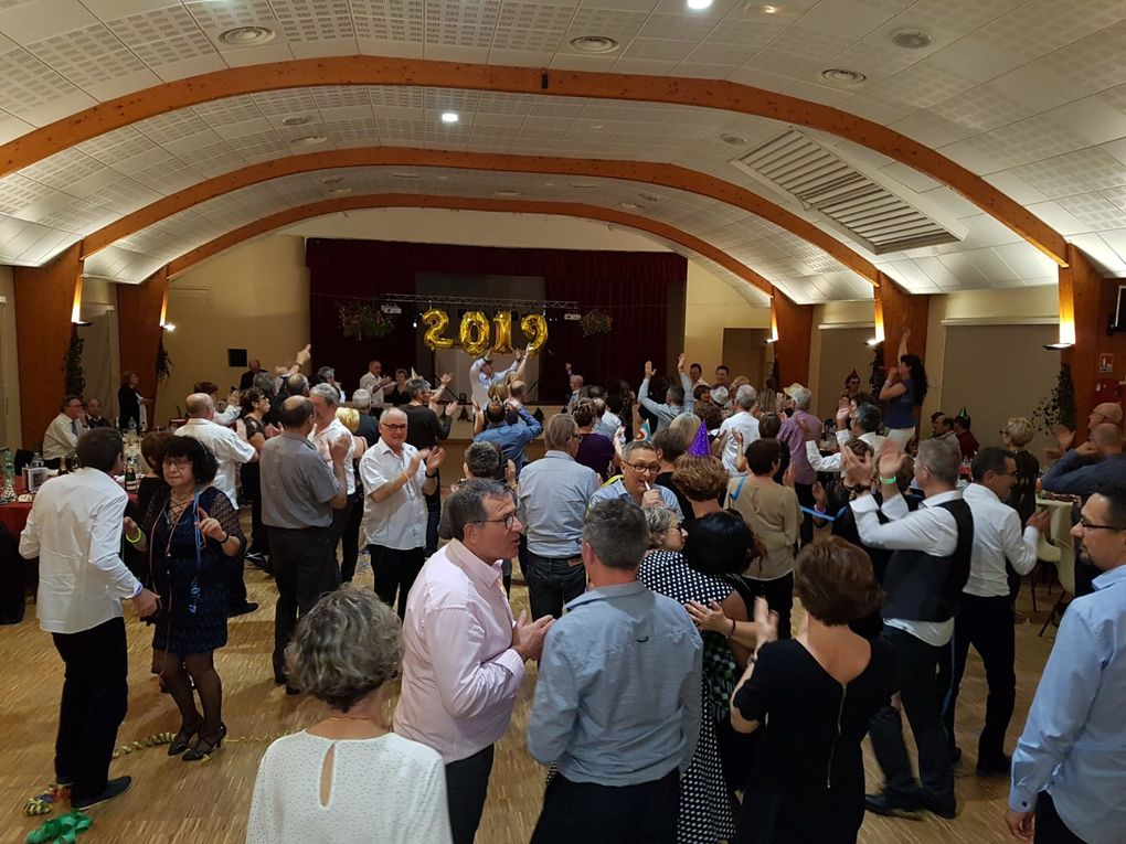 Très belle soirée passée en votre compagnie. Rien de tel que la danse pour commencer 2019!