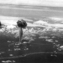 IL Y A 53 ANS LE 07 JUILLET 1968 À 12 H 00 : LE 27ÈME ESSAI NUCLÉAIRE FRANÇAIS, AVEC LA BOMBE ATOMIQUE « CAPELLA», EXPLOSAIT SUR LE SECTEUR DENISE À MURUROA.