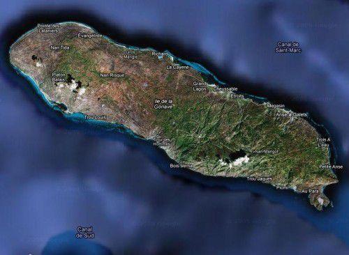 Ile de la Gonave, l'une des îles d'Haïti que les TÈT KALE essayaient de vendre comme paradis fiscal aux voyous internationaux.
