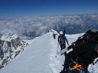 Sommet du Mont Blanc et Tomme de Savoie