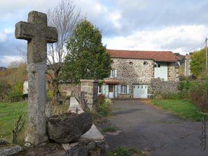 Quelques-unes des maisons du hameau