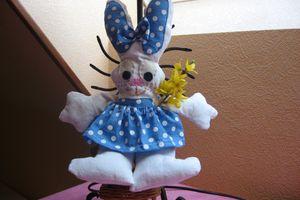 Doudou lapine en tissu
