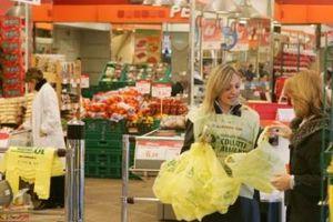 I volontari Abbadorzu alla Colletta Alimentare