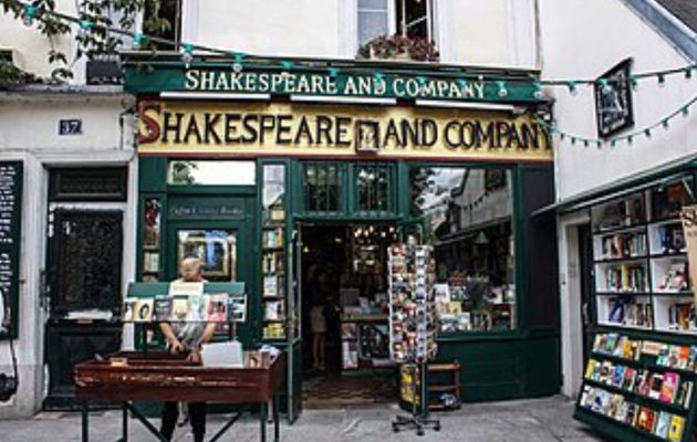 LA LIBRAIRIE SHAKESPEARE AND COMPANY - PARIS