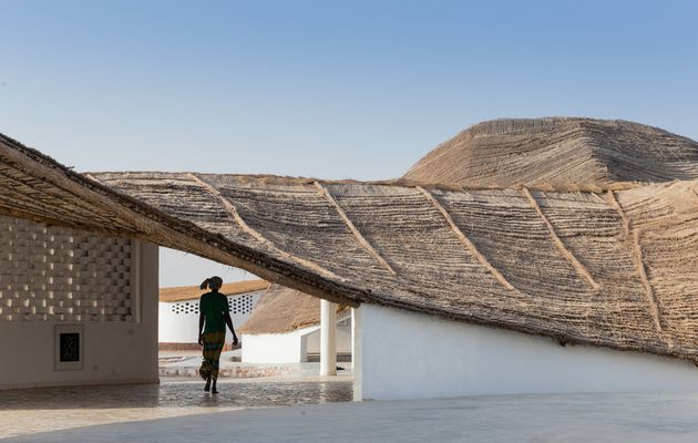 [Sinthian, Senegal] Toshiko Mori: Thread, a new...