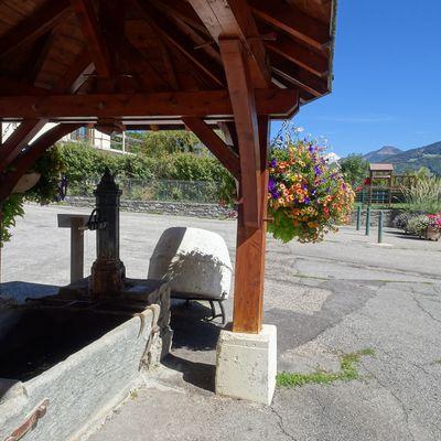 Douce France - Thème de novembre - Fontaines - des fontaines en Savoie