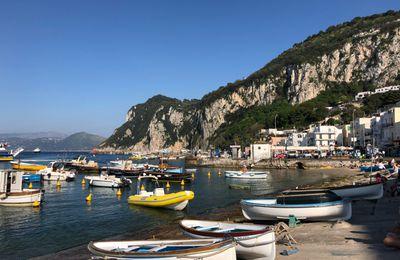 Capri . Côté port.