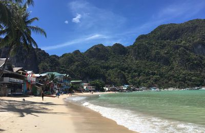 Premières plages à El Nido