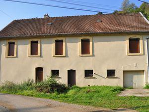 N° 10-11-12-13-14 rue de la Source et Chemin privé à Algrange - Carreau de mine et habitations