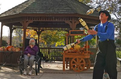 The Importance of Social Events in Assisted Living