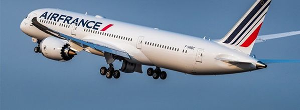 Signature d'un accord salarial entre Air France et les organisations syndicales représentatives