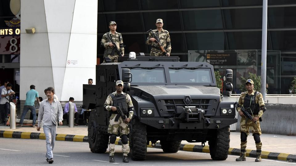 Photos : https://defence.pk/pdf/threads/renault-sherpa-light-apc-spotted-at-igi-airport-in-delhi.525085/