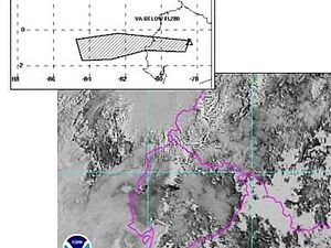Cotopaxi - left, progressive increase of the tremor 08.24.2015 / doc. IGEPN - right, plume dispersion towards O-SO / NOAA Satellite image of the 08/24/15 at 8:15 local via IGEPN - a click to enlarge